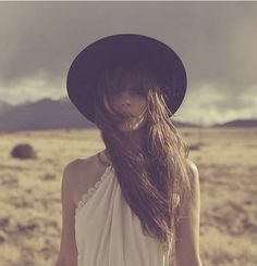 Dreamy Desert Portrait | Kelley Ash, by Harper Smith