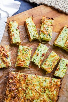 Nothing says back to school more than this Vegetarian Zucchini Slice. Very tasty zucchini slice. Gourmet Recipes, Vegetarian Recipes, Cooking Recipes, Healthy Recipes, Vegetarian Italian, Vegetarian Dish, Snacks Recipes, Cooking Tools, Pasta Recipes