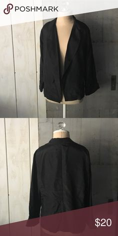 """Black blazer Extra Small 21"""". Medium 22"""" in length large 24"""". 100% polyester Super cute item! NWOT from supplier, all offers made through BLUE offer button considered.                            🚫PayPal  🚫modeling ( I'm busy with school and don't have time 🚫trades (askers will be ignored) or lowballing ( you will be blocked) ✅ will consider offers made through BLUE offer button ✅ great bundle discount boutique Jackets & Coats Blazers"""