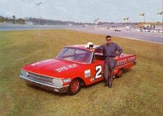 -Curtis Turner with his 1961 Ford Starliner at Daytona in 1961 #NASCAR