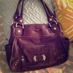 114 best It s in the Bag images on Pinterest   Side purses, Taschen ... 9dfbb22735