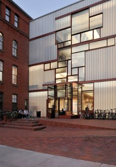 Pratt Institute - Higgins Hall Insertion Steven Holl Architects When I attended Pratt that space was occupied by the Architecture Resource Center (where I worked 5 years) and the main theater. The year after I left there was a fire and that portion of the building burned, it was replaced by this. We did not have studio spaces so this was a welcomed addition to Higgings Hall.
