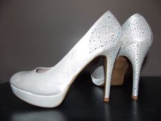 Escarpins couleur ivoire dans Chaussure / vêtements / mode