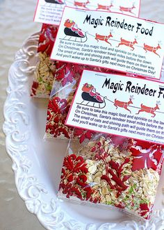 Magic Reindeer Food Magic Reindeer Food  1 cup oatmeal 1 cup white sugar 1/4 to 1/2 cup red and green colored decorating sugar crystals  Mix all together in a plastic Ziploc bag and shake well.  Put in baggies or in cute cellophane treat bags. I filled 6 treat bags with about 1/2 cup of the mix. I folded them over, stapled the label on, and then trimmed off the excess bag.