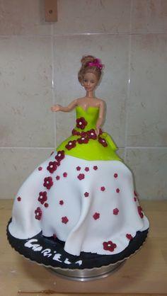 Bolo de aniversário da minha filha. Cake, Desserts, Food, Birthday Cakes, Tailgate Desserts, Deserts, Kuchen, Essen, Postres