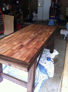 Kitchen Table - DIY with instructions!    Made of simple planks!