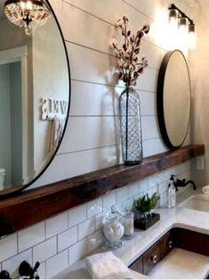 Bathroom ideas 585819864016648606 - I love this collection of farmhouse bathrooms. These bathrooms are stunning. The perfect touch of farmhouse and rustic. shiplap bathroom, farmhouse bathroom, subway tile, wood beam, rustic bathroom Source by Shiplap Bathroom, Bathroom Renos, Bathroom Interior, Remodel Bathroom, Dyi Bathroom, Bathroom Cabinets, Bathroom Vanities, Bathroom Canvas, Bathroom Designs