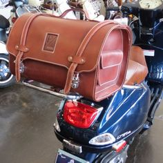 ScooterWest.com - **BROWN** Leather Piaggio Bag/Topcase