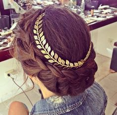 Get this hat on @Wheretoget or see more #hat #headband #vine_headband #leaf_headband Headband Hairstyles, Pretty Hairstyles, Wedding Hairstyles, Greek Hairstyles, Holiday Hairstyles, Grecian Hairstyles, Updo Hairstyle, Bridesmaid Hairstyles, Style Hairstyle