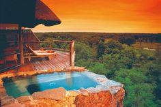 Luxury tree house - trætop hoteller! Just imagining is wonderful.