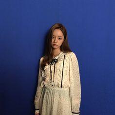 혜리님의 Instagram 게시물 • 2019 3월 2 9:02오전 UTC Lee Hyeri, Girl Day, Nayeon, High Neck Dress, Celebs, Female, Blouse, Instagram Posts, Bias Wrecker