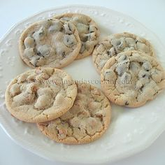 This is what I want my chocolate chip cookies to be... also has a homemade vanilla pudding mix included...