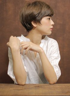 大人シンプルショート(髪型ショートヘア) Short Hairstyles For Women, Pixie Haircut, Hairstyles Haircuts, Pretty Hairstyles, Girl Short Hair, Short Hair Cuts, Hair Inspo, Hair Inspiration, Medium Hair Styles