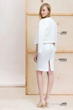 Biała spódnica i #marynarka #topsecret