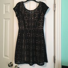 Cute lace dress Black and nude lace dress. Worn a handful of times. So perfect for any occasion. MAKE AN OFFER! Dresses Midi