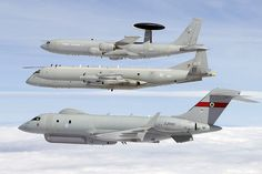 British ISTAR (Information Surveillance Targeting and Reconnaissance) Sentry AEW, Nimrod and Sentinel in formation flight - Royal Air Force 🇬🇧 Military Jets, Military Aircraft, Bomber Plane, Ww2 Aircraft, Royal Air Force, Fighter Jets, Airplanes, Historical Pictures, Military Weapons