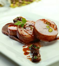 Turkey wrapped in bacon with date puree and shitake mushroom sauce Turkey Wraps, Sims Games, Greek Cooking, Happy Kitchen, Mushroom Sauce, Dating Games, Funny Dating Quotes, Bacon Wrapped, Games For Girls
