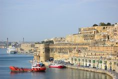 View from Lower Barrakka Gardens in Valletta, Malta | Exploring Valletta via No Apathy Allowed