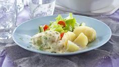 Koskenlaskija-uunikala tehdään pakastekalasta. Juustoista kastiketta on ihanan runsaasti.