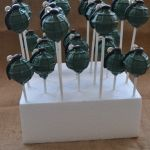 Grenade (4) Army Party, Cake Pops, Make It Yourself, How To Make, Cakepops, Cake Pop, Stick Candy