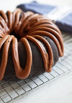 chocolate fudge bundt cake ...beyond rich with a dreamy chocolate frosting! | bakeat350.blogspot.com