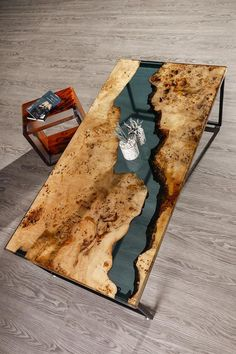 Epoxy Resin Table, Wood Resin, Resin Art, Resin Crafts, Diy Resin River Table, Diy Epoxy, Diy Dining Table, Wood Table, Dining Room