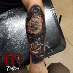 Clock'n Rose tattoo
