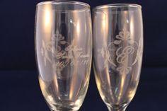 Copas de vidrio grabadas con láser.