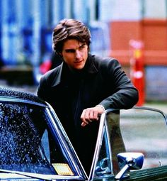Tom Cruise Hair, Tom Cruise Smile, Tom Cruise And Suri, Tom Cruise Quotes, Vanilla Sky, Laugh Meme, Z Cam, Cruise Outfits, Celebrity Moms