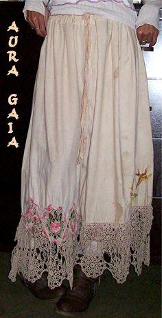AuraGaia ~ Poorgirl's Vintage Linens