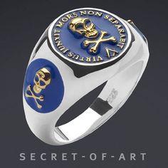 Masonic Virtus Blue Lodge Silver Ring 24K Gold Plated | eBay http://www.ebay.com/itm/MASONIC-VIRTUS-BLUE-LODGE-SILVER-RING-24K-GOLD-PLATED-/370690273496?pt=US_Mens_Jewelry&hash=item564edcb0d8