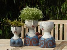 Risultato immagini per petra de jong-berger Ceramic Pottery, Pottery Art, Ceramic Art, Face Planters, Ceramic Planters, Pottery Sculpture, Sculpture Clay, Flower Vases, Flower Pots