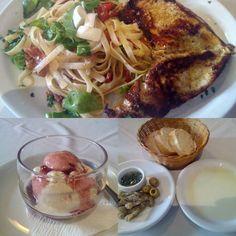 No geral, uma comida muito deliciosa, extremamente surpreendente, principalmente pelo sabor, algo que recomendo com toda força do mundo:) O atendimento pode não ser muito eficiente caso você esteja com um pouco de pressa, ou até mesmo pode ficar meio olhando pro vento esperando que alguém te atenda, o que não estraga o prazer de comer, mas pode incomodar alguns... #comida #restaurante #massa #gourmet #italiano comendo Pollo Itália em Dialetto Ristorante