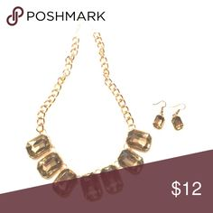 Gold Necklace and earring set Fashion jewelry. Beautiful when paired with your little black dress. Worn once to wedding Jewelry Necklaces