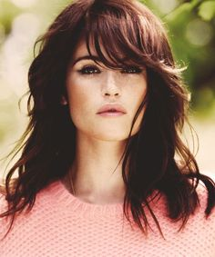 Brunette gorg hair style
