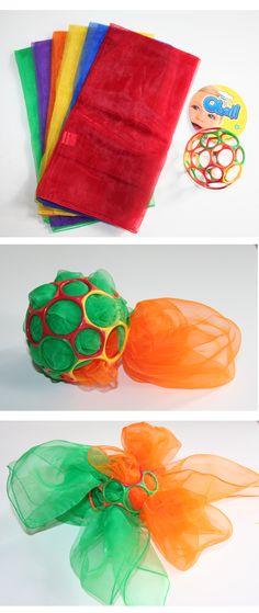 doekjes en oball zijn te bestellen bij www.toys42hands.nl  fijne motoriek uitdaging