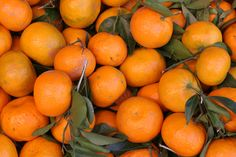tangerines at the market