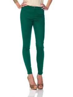 green pants from Vero Moda Love Is Everything, Colored Pants, Pretty Green, Green Pants, Wedding Styles, Capri Pants, Black Jeans, Dress Up, Sweatpants