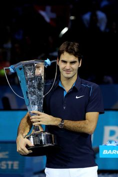 Roger Federer wins the ATP World Tour Finals 2011, his 70th trophy at his 100th final.