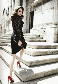 'Sicilian Seduction' ~ Nicole Trunfio in Palermo, Sicily by Thierry Le Goues by Thierry le Gouès for Marie Claire France, September 2011 ~ Styling: Mako Yamazaki Italian Chic, Italian Fashion, Italian Style, Italian Beauty, Look Fashion, Timeless Fashion, Fashion Show, Dress Fashion, Trendy Fashion