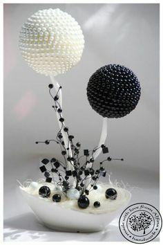 Utiliza esferas de unisel y semillas como granos de café o frijoles para crear estos fantásticos centros de mesa. Aprende como hacerlos!!! ...