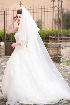 """Romantico e raffinato l'abito da sposa """"Scintillante"""" della Linea Florence, Collezione 2017 Tirapani. Tirapani #TirapaniAtelier #sposa #spose #abitodasposa #collezione2017 #abitodasposa2017 #bride #bridal #weddingdress #weddingdress2017 #lookbook2017 #LineaFlorence"""
