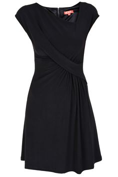 Always on the lookout for a great LBD!