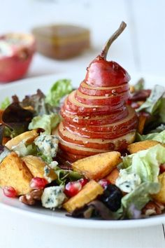 Fall Harvest Salad with Maple Cider Vinaigrette | 19 Delicious Salads For Fall