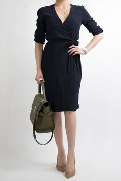 business-casual-women-work-office-professional-outfit-ideas-miss-louie-29