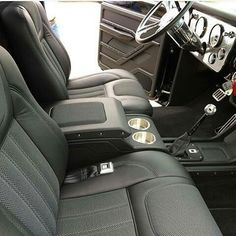 I like this, but with perforated leather instead of the mesh cloth S10 Truck, 67 72 Chevy Truck, Custom Chevy Trucks, Chevy Pickups, Gmc Trucks, Chevrolet Silverado, Cool Trucks, Camo Truck, Chevrolet Trucks