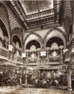 The ballroom on the Conte Grande liner ( 1928-1961)