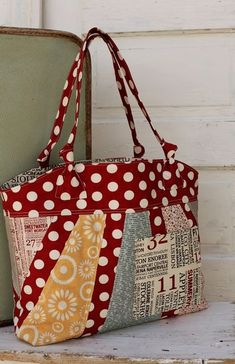Down Home Tote Pattern in Hometown Fabric by Sweetwater for Moda fabric