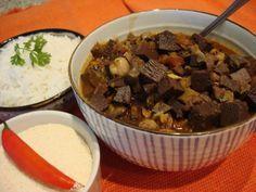 Aprenda a preparar sarapatel nordestino com esta excelente e fácil receita. O sarapel é um prato típico da culinária nordestina, preparado com tripas e outras...