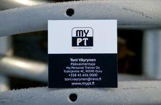 MyPT:n käyntikortti edestä. Logon suunnittelu ja ilmeen suunnittelu Heidi Sarjanoja/Valokki Design